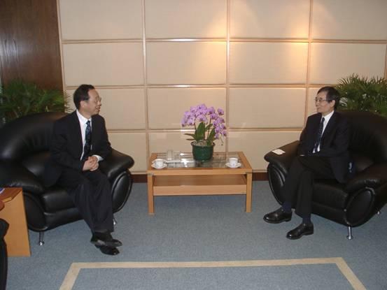 何舟-香港城市大学_陈准民校长访问香港-对外经济贸易大学新闻网